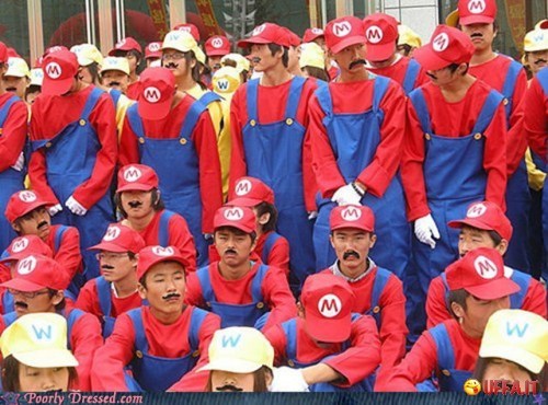 Foto divertente: La convention dei SuperMario